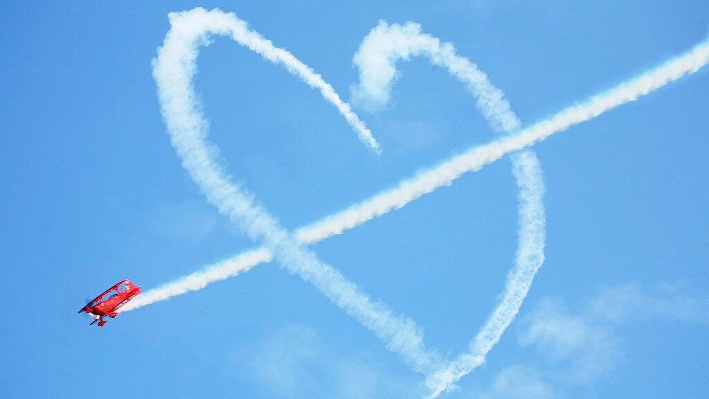 Свети Валентин - самолетни екскурзии