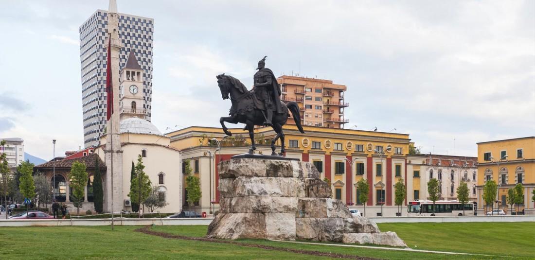 Албания 3