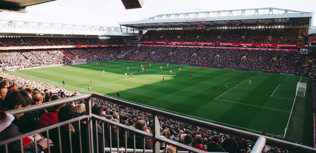 Англия с посещение на мач от висшата лига