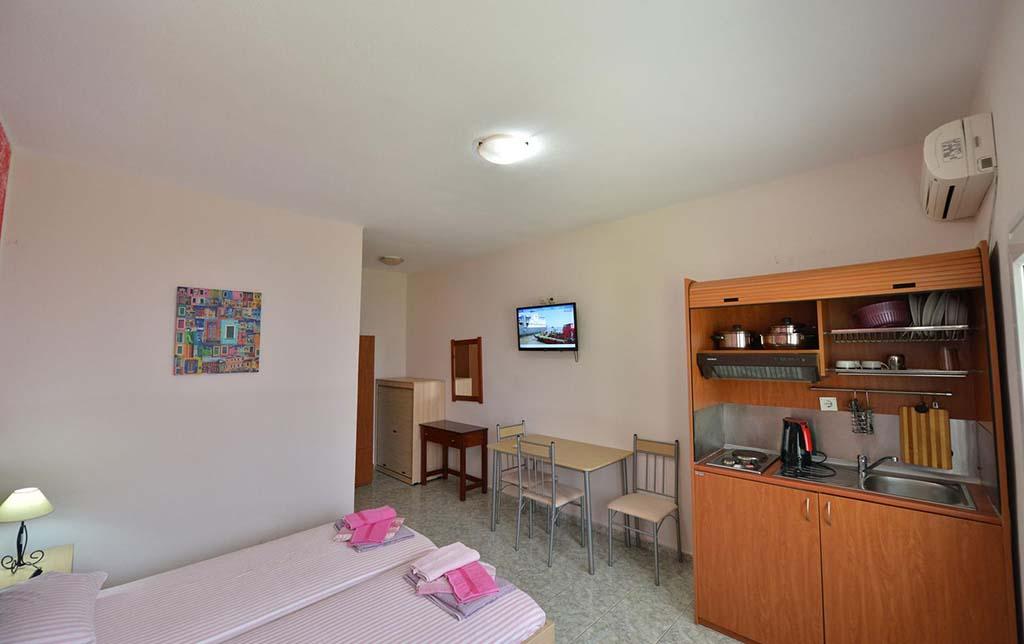 Апартаменти Anna Christina