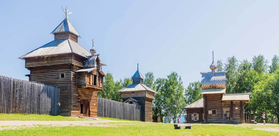 Москва и езерото Байкал
