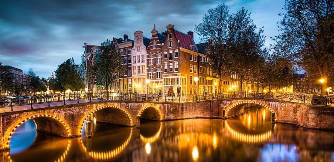 Париж - Брюксел - Амстердам - Виена
