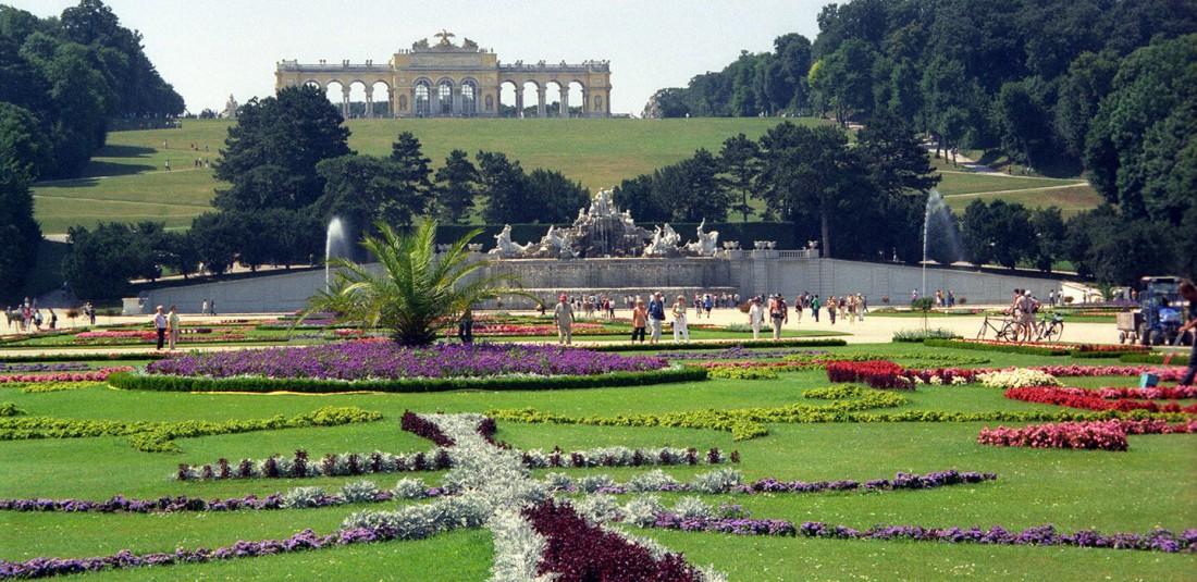 Дворецът Шьонбрун