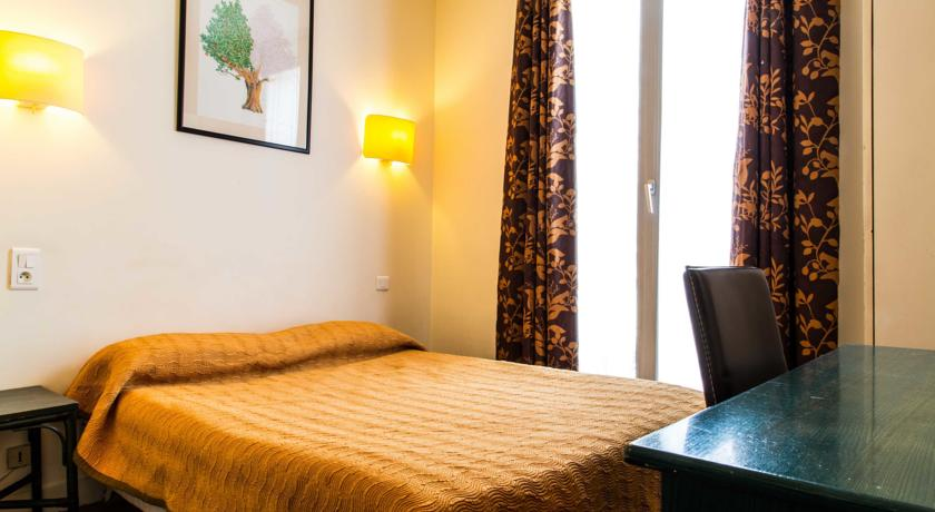 Hotel Charing Cross ***