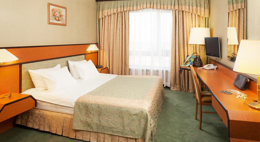 Hotel Cosmos***