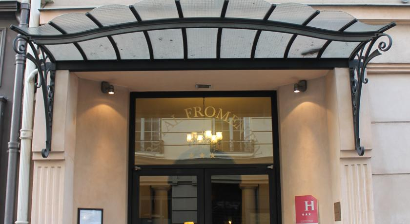 HOTEL ROYAL FROMENTIN***