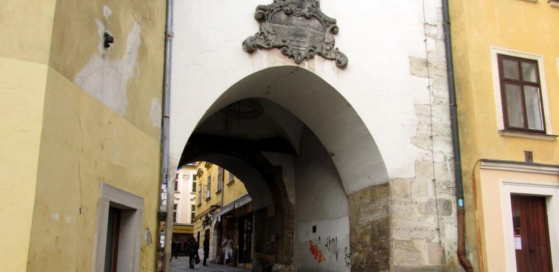 Михалската порта
