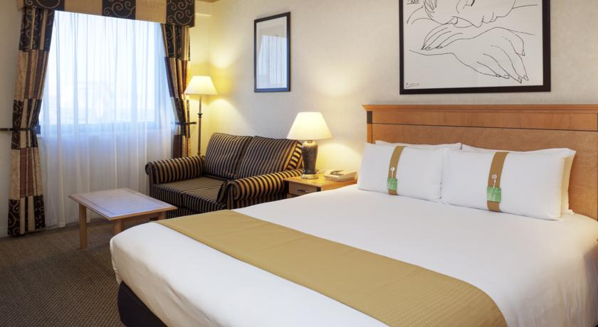 HOLIDAY INN KINGS CROSS ****