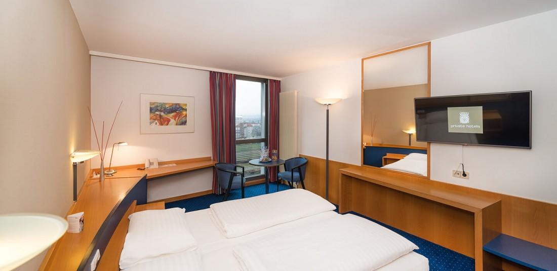 HOTEL KAVALIER ****