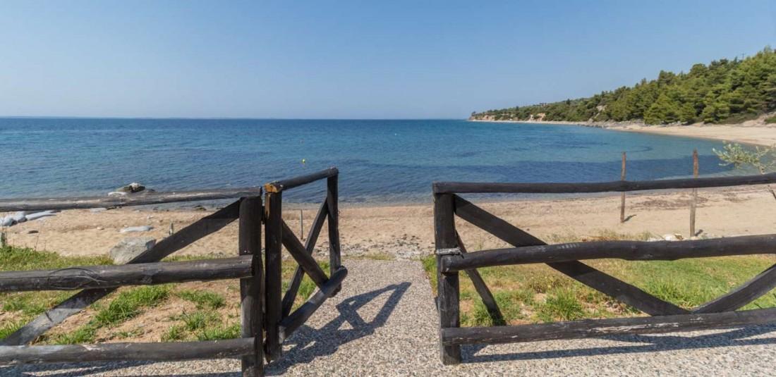 Халкидики - вили на плажа 2