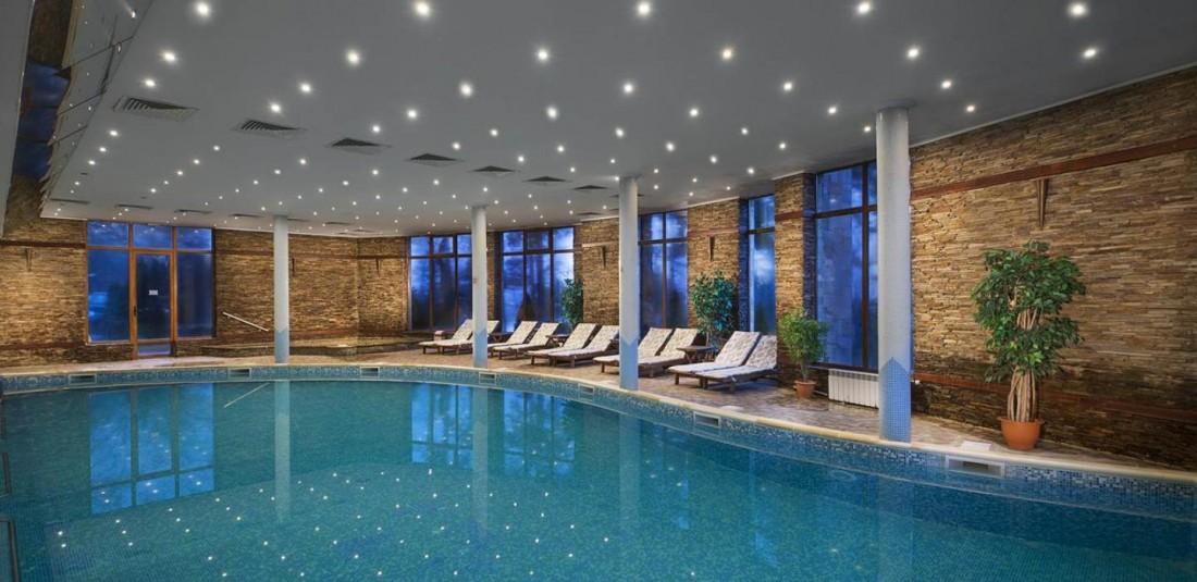 Коледа във Велинград - хотел Спа клуб бор 2