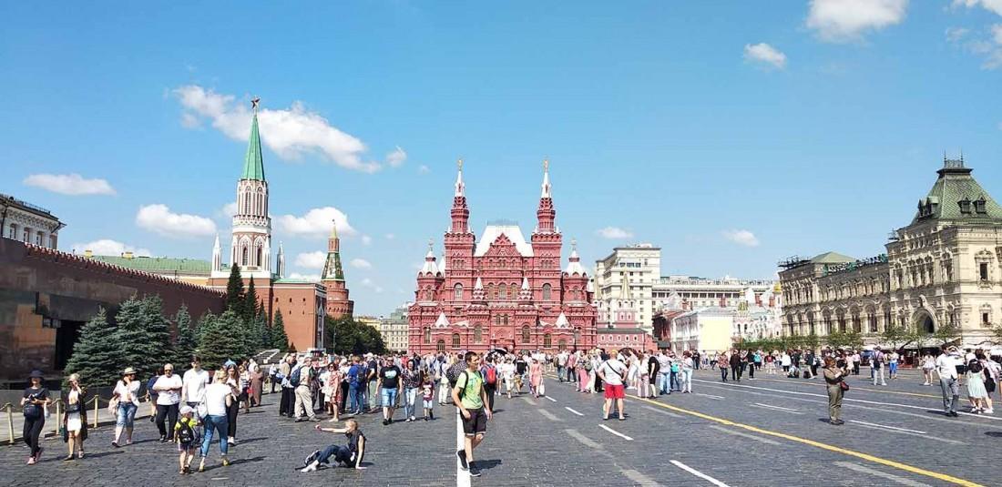 Москва и Санкт Петербург през септември