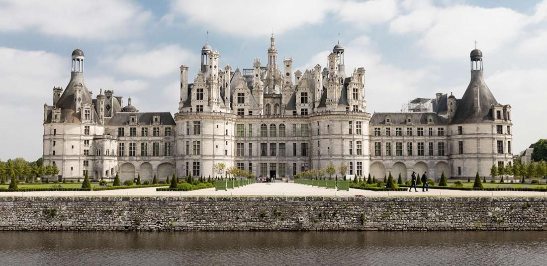 Париж - Мон сен Мишел - Замъци по Лоара - Лион - Торино