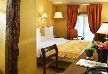 Saint-James & Albany Hotel-Spa ****