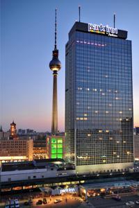 Park Inn Alexanderplatz Berlin****