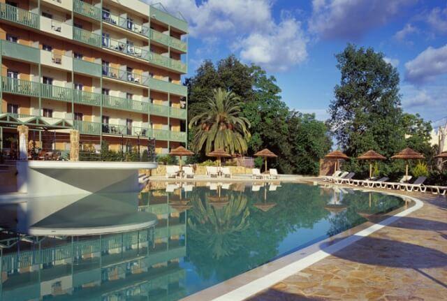 Ariti Hotel ****