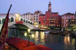 Rialto Venice****