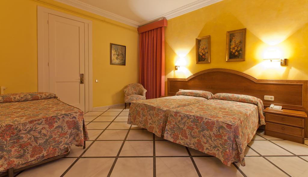 HOTEL NOUVEL BARCELONA ***