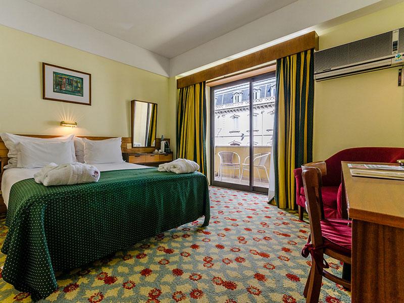 Hotel Jorge V ***