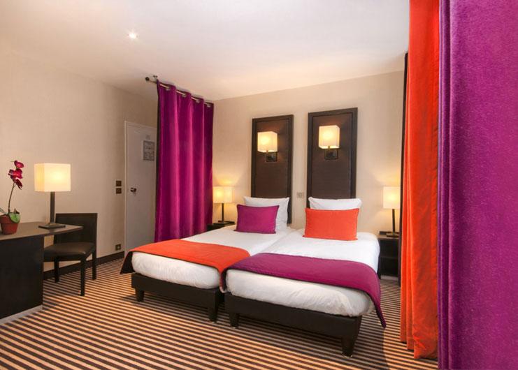 HOTEL PEYRIS *** & HOTEL PAX ***