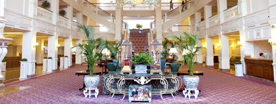DISNEYLAND HOTEL ****