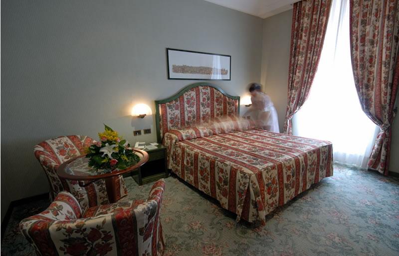 HOTEL DIANA ****