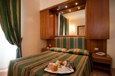 HOTEL FLORIDIA ***
