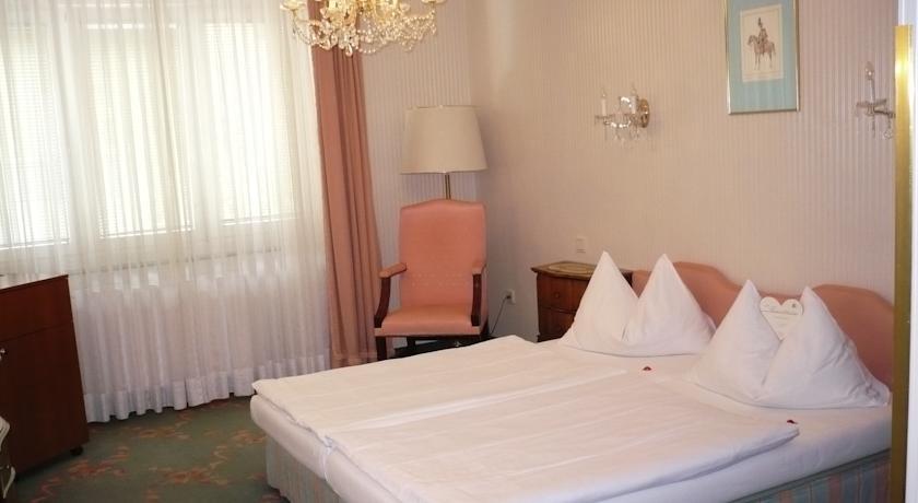 HOTEL SAVOY ***