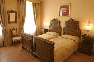 HOTEL CAESAR PALACE ****