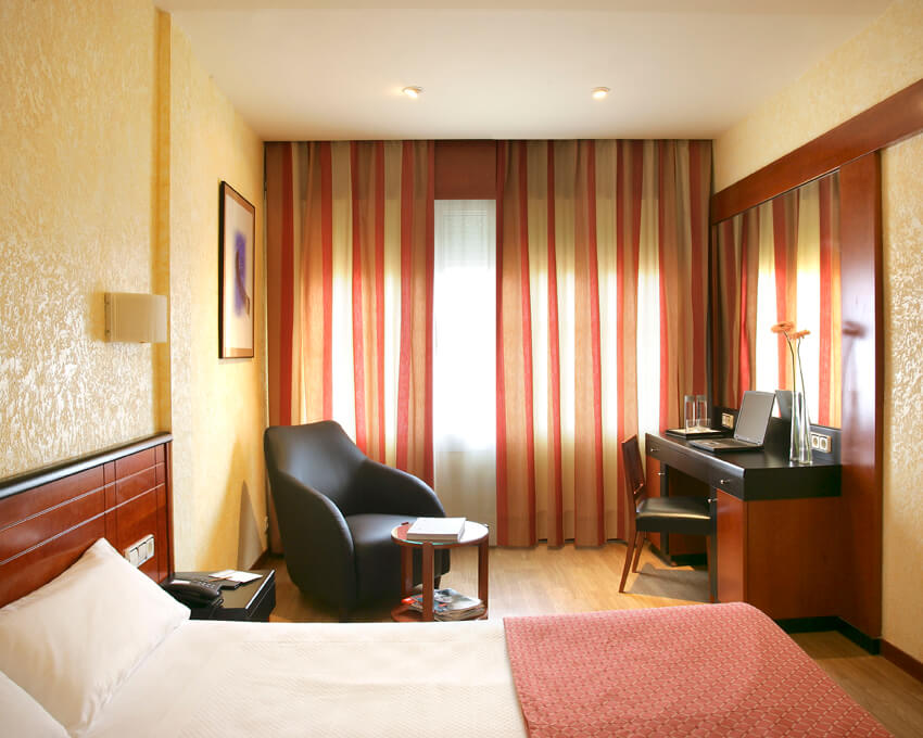 HOTEL DERBY BARCELONA ****