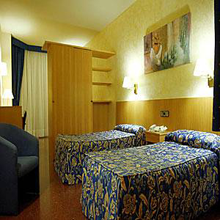 HOTEL CALABRIA BARCELONA ***