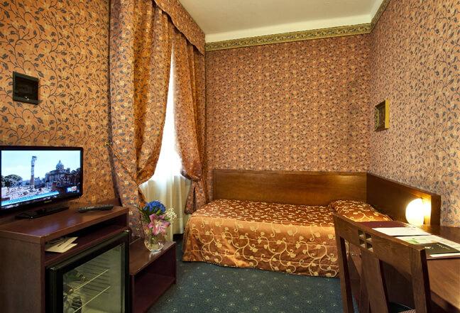 HOTEL CERVO ***