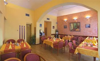 HOTEL CENTRAL PRAGUE ***