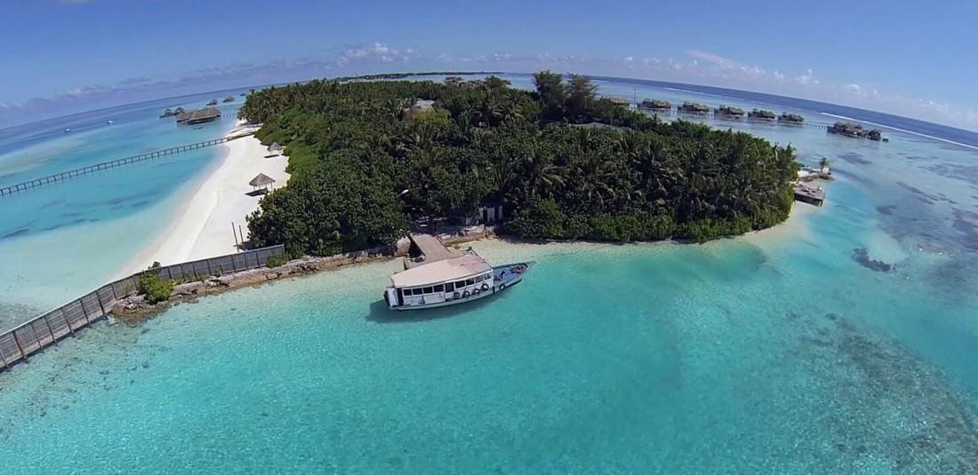 Почивка на Малдивите - Paradise Island****