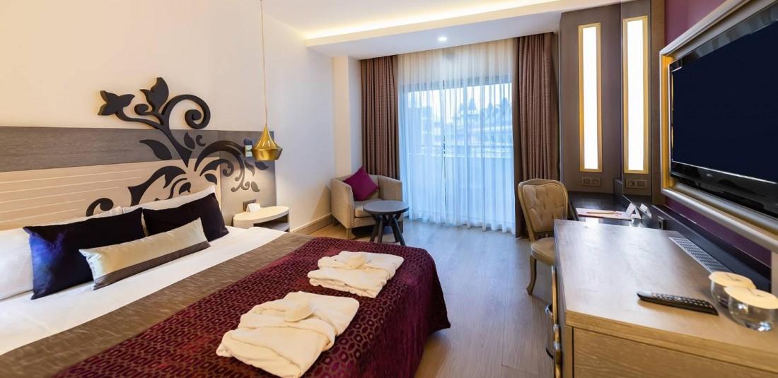 Почивка в Анталия - осемдневна - Kirman Belazur Resort and SPA***** 5
