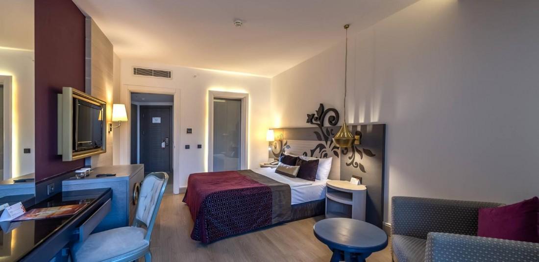 Почивка в Анталия - петдневна - Kirman Belazur Resort and SPA***** 5
