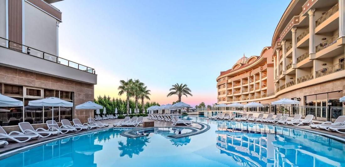 Почивка в Анталия - петдневна - Kirman Belazur Resort and SPA*****