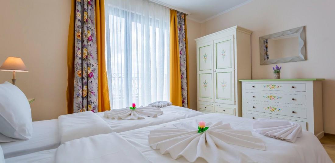 Почивка в Поморие - хотел Гардения Бийч Палас*** 4