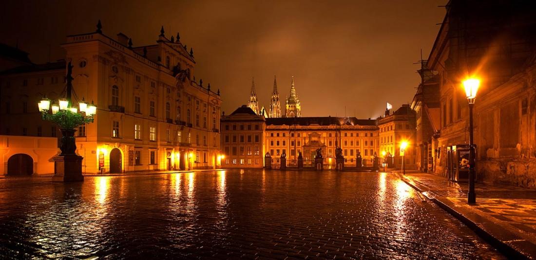 Прага - Братислава - Будапеща - Виена - предколедна