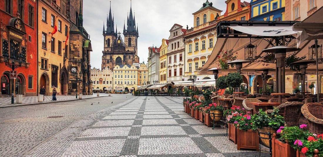 Прага - Братислава - Будапеща - Виена - Трети март