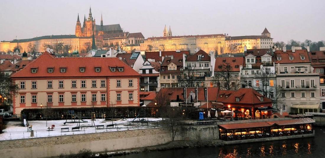 Прага - промоция Коледни базари 2