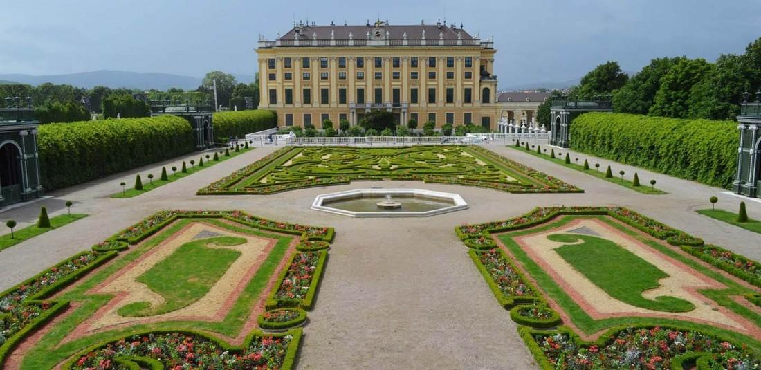 Виена от Варна през октомври 3