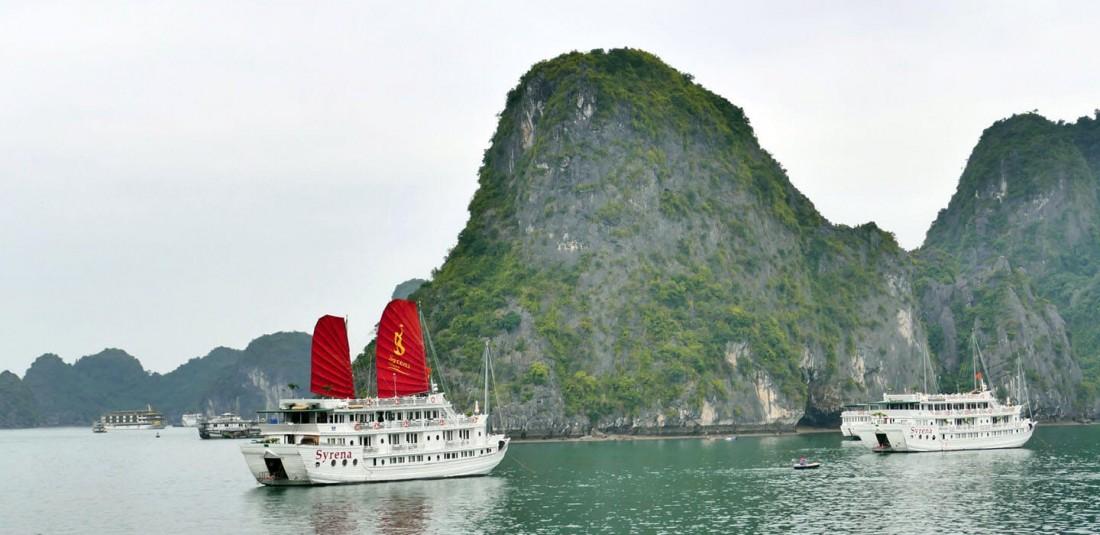 Виетнам и Камбоджа - с нощувка на круизен кораб в залива Халонг 6